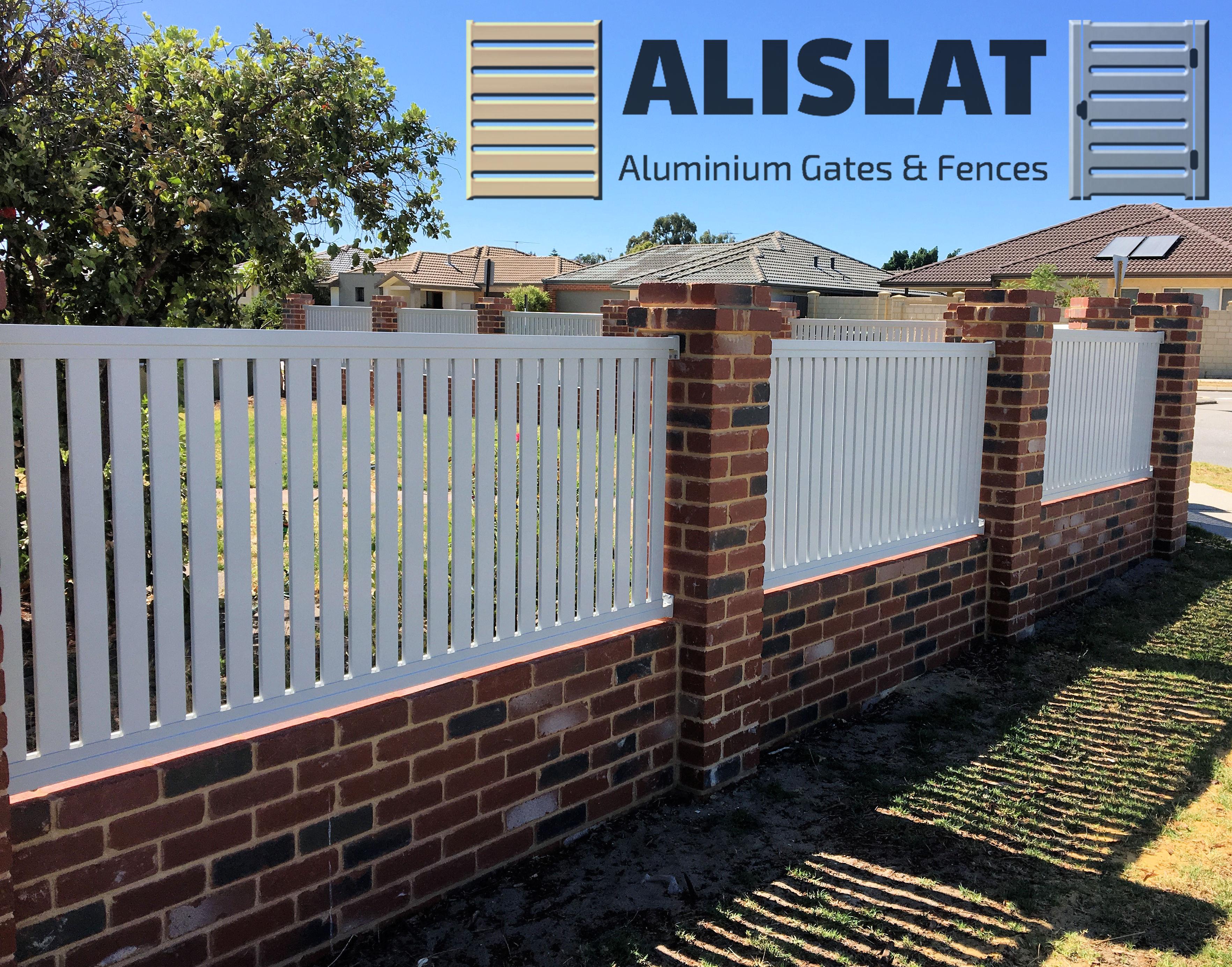 Alislat Vertical Slat Fencing & Gates 6